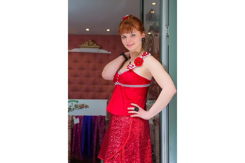caraco lingerie luxe theme alice au pays des merveilles peignons ces roses en rouge made in france