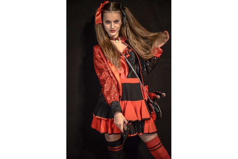 mini-jupe rouge noir made in france harley quinn mode alternative qualite