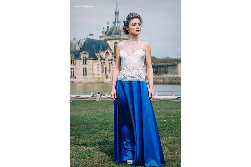 robe du soir bleu et blanc strass swarovski pret a porter luxe made in france