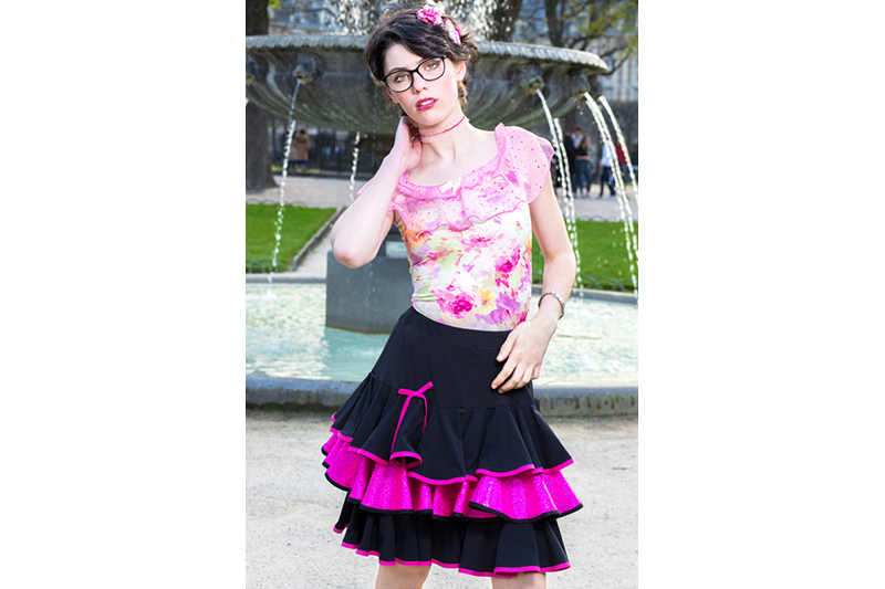 jupe-volants-noir-rose-paillete-made-in-france-danse-latino-froufrou-girly-lolita-pret-a-porter-luxe-made-in-france