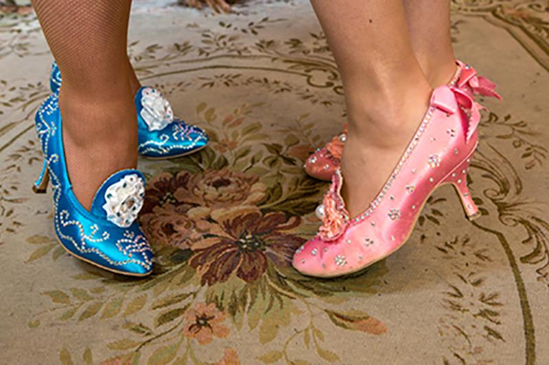 chaussures-femme-strass-rose-bleu-baroque-princesse-satin-duo