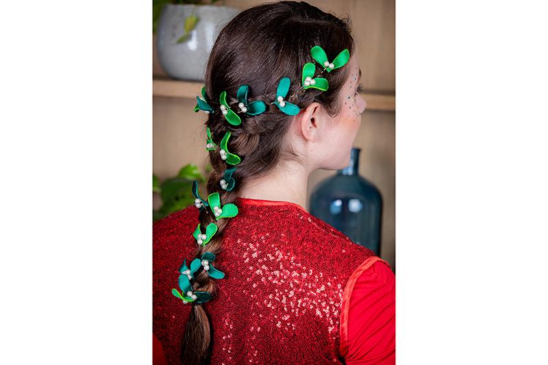 pinces-cheveux-gui-feuilles-perles-accessoire-coiffure-fait-main-made-in-france-noel-soir-barrette