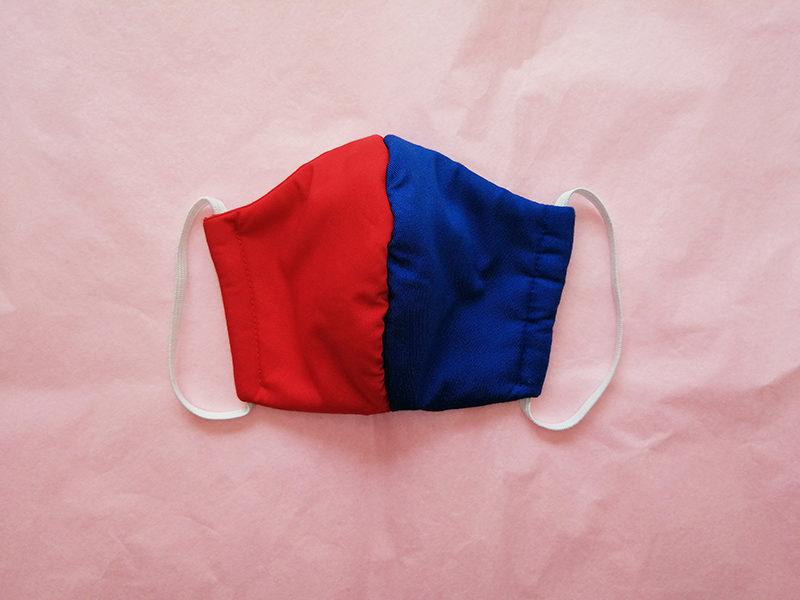 masque-theme-harley-quinn-suicide-squad-tissu-rouge-bleu-fait-main-protection-virus-artisanal