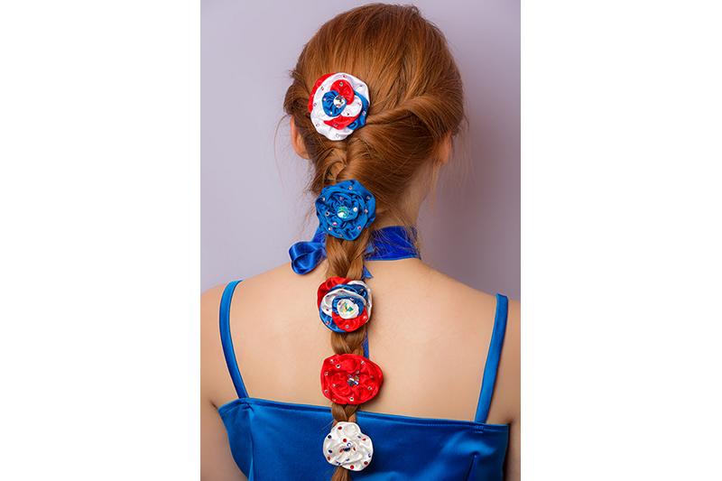 accessoire cheveux rose fleur coiffure peigne barrette made in france haute couture bleu blanc rouge