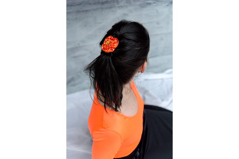 fleur cheveux rose haute couture satin orange strass or barrette made in france fait main