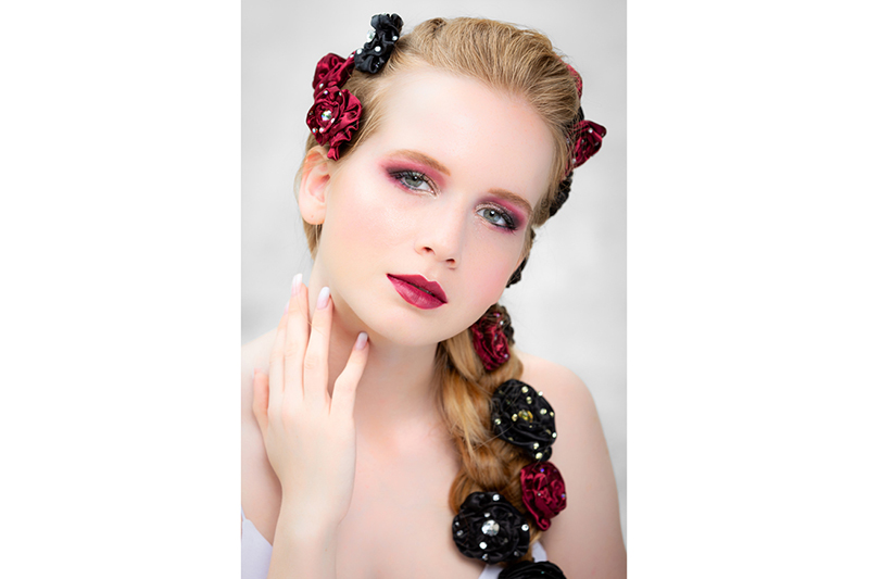 fleurs haute couture satin strass accessoire fait main made in france
