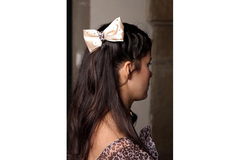 noeud fait main satin creme panthere leopard jaguar accessoire made in france artisanal coiffure barrette cheveux tendance