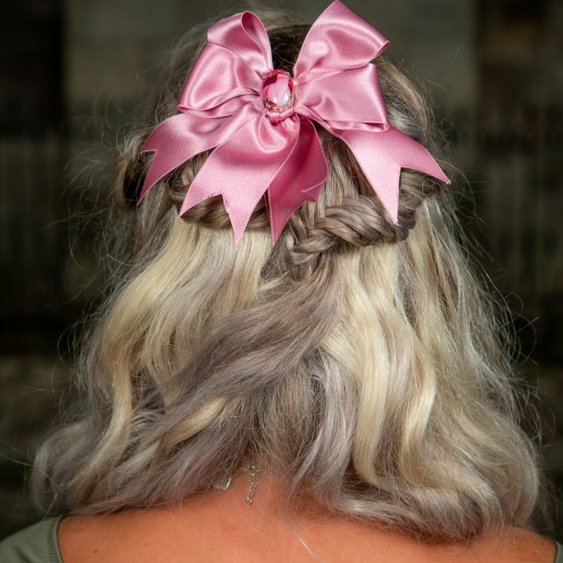 noeud-cheuveux-satin-rose-fait-main-coifure-made-in-france