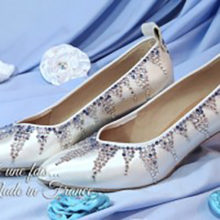 chaussures-satin-strass-reine-des-neiges-princesse-conte-de-fee