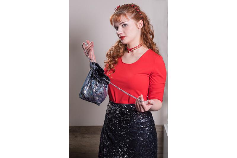sac-aumoniere-bourse-fait-main-made-in-france-accessoire-mode-artisanal-noir-argent-cadeau-souvenir-medieval