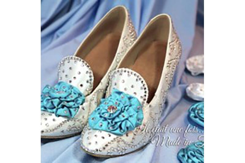 chaussures-customisation-satin-strass-swarovski-cendrillon-conte-de-fee