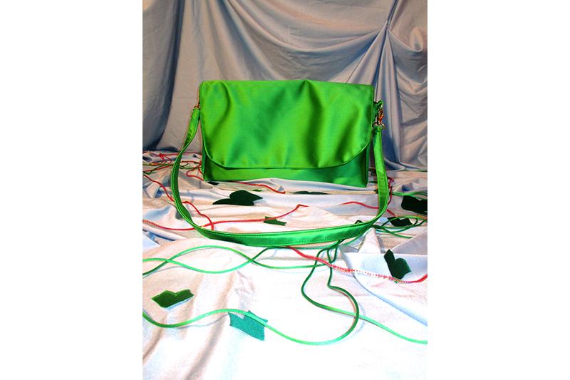 sac-a-main-bandouliere-satin-soie-vert-fait-main-made-in-france-haute-couture-artisanat-français