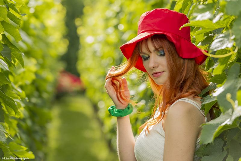 chapeau de soleil rouge uni bob pour la plage ete vacances made in france fait main