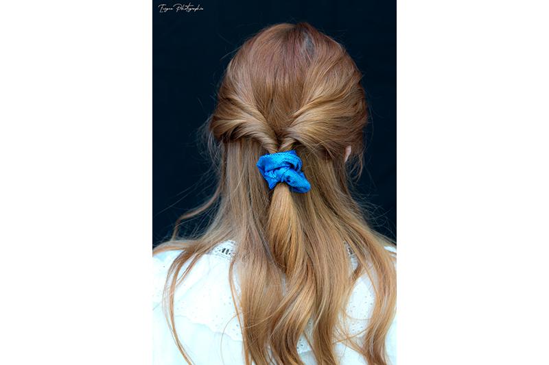 chouchou made in france scrunchie accessoire cheveux fait main handmade bleu