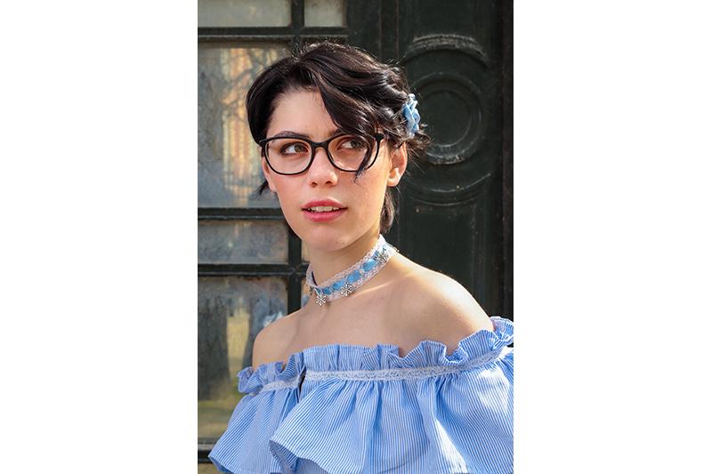 choker bijou collier tendance reine des neiges bleu blanc flocons argent mode acessoire femme fait main
