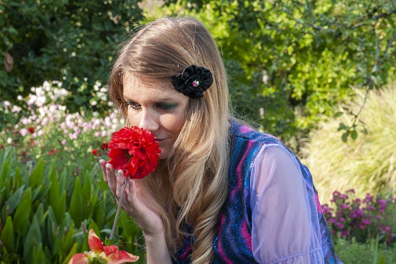 accessoire cheveux satin noir barrette fleur bijou de tete made in france