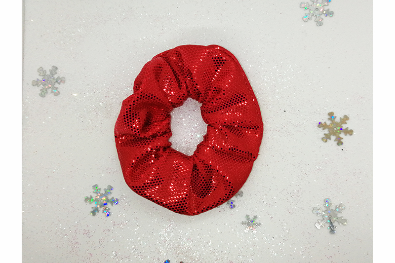 accessoire cheveux chouchou scrunchie noel paillette lame rouge made in france coiffure